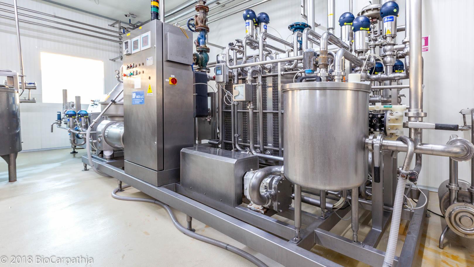 biocarpathia-parteneri-productie-milkom-14
